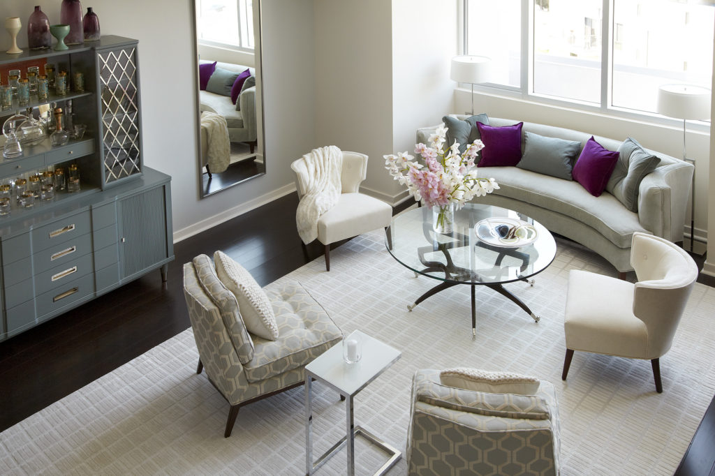 The-Avenue-Hollywood-Los-Angeles-Spacious-Living-Room